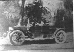 Stanley Steamer Model 72 - Vintage Photo